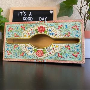 Vintage metal tissue holder cover wall